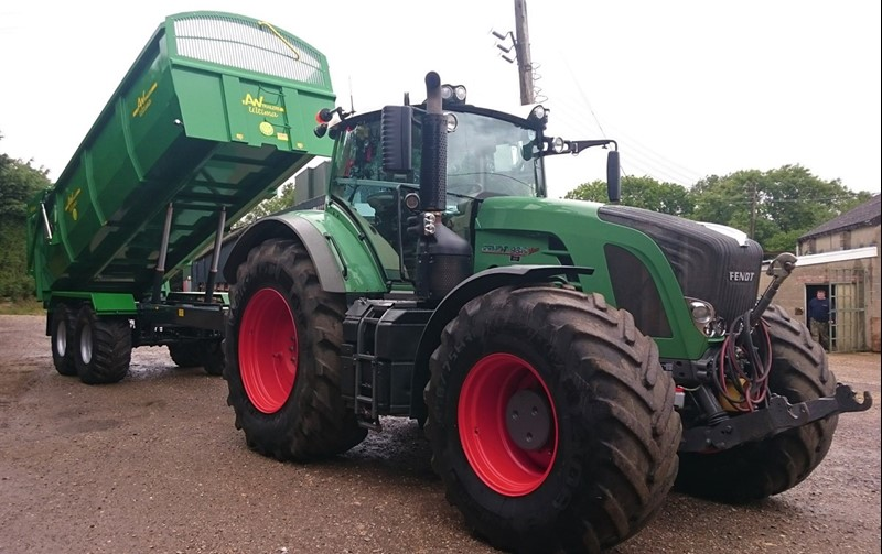 SSEN Tractor and Trailer_78284