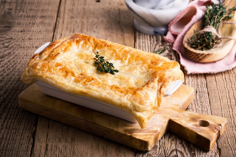 Turkey, leek and mushroom pie_75789