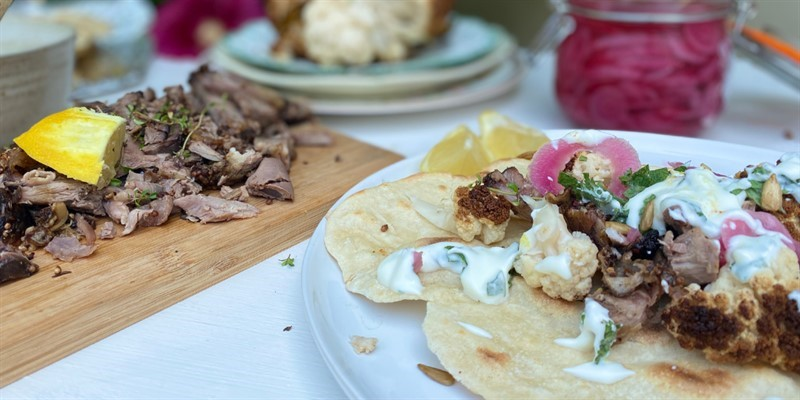 Miranda Gore Brown Lamb flatbreads  with spiced  cauliflower and pink pickled onions_80350