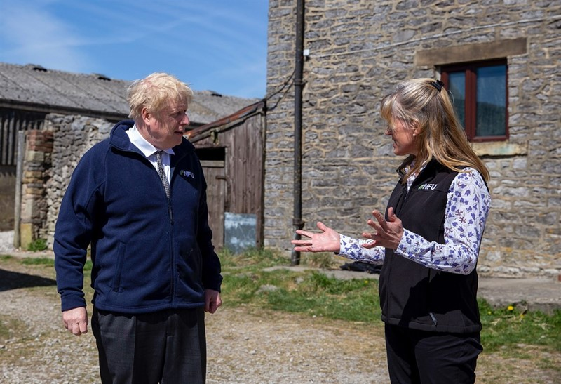 Boris Johnson with Minette Batters_78112