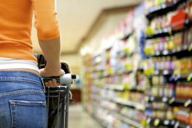 Supermarket shopper_275_183