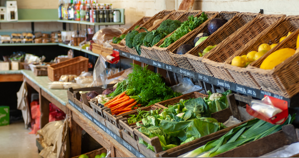 Read about the latest trends and opportunities in the organic grocery market