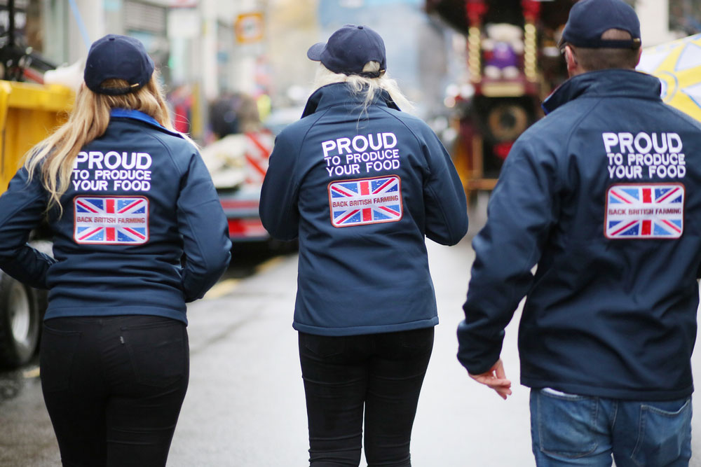 Young farmers join the NFU and the Worshipful Company of Farmers in promoting British farming at the Lord Mayor's Show in 2017