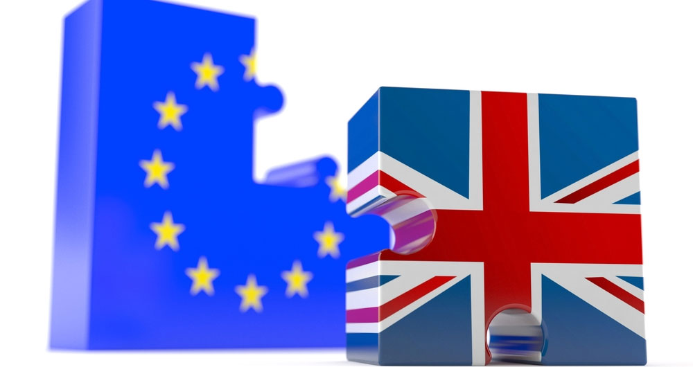Brexit - Union flag and EU flag jigsaw